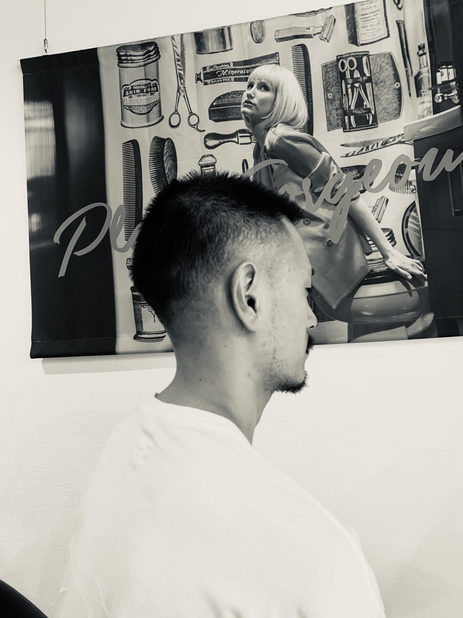 髪の毛切ってもらいました♪