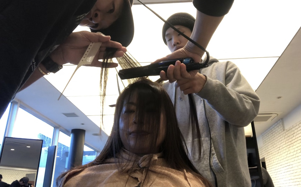 自然な髪になるストレートパーマを提案、提供しています。