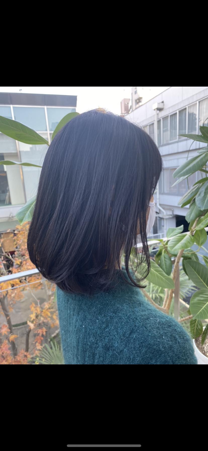 髪を切ること